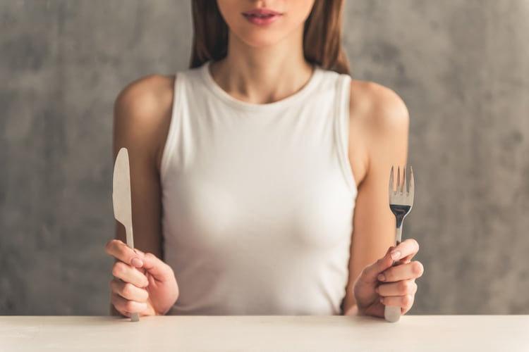 鬼嫁を欺くスーパープレー集「こっそり空腹をしのぐ」の術